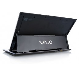 Sony Vaio Duo Core i7-3537U 2Ghz - 8G - 256G SSD - Full HD + Recovery Windows 8 Etat Comme Neuf