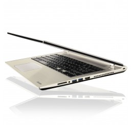 Pc Portable Ultrabook 2016 Toshiba SATELLITE P50-C-190 Core i7-6500U 2.5GHz Turbo 3.1Ghz - 8G - 1000G HDD  Ecran 15.6 LED HD - Clavier Azerty - NVIDIA GeForce 930M 2G DDR3 - Windows 10 Neuf sans emballge