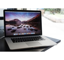 Apple Macbook pro 15 Retina Mi 2014 Core i7 Quad 2.5 GHz - 16Go - 512 Go SSD - Intel Iris Pro / NVIDIA® GeForce™ GT 750 2G - Apple OS X El Capitan - 151 Cycles - Etat comme neuf