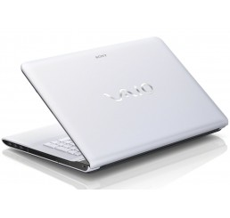 Pc Portable Sony Vaio SVE1713L1 Core i3 3120M 2.5Ghz - 4G - 750G HDD - Ecran 17.3 LED HD+ AMD Radeon HD 7650M - Clavier Azerty - Recovery Windows 8 64Bit Neuf sous emballage