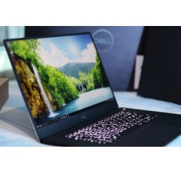 Pc Portable Dell Fin 2017 4K XPS 15 9560 Core i7 Quad 7700HQ 2.8GHz Turbo 3.8Ghz 16G DDR4 512G SSD Ecran Tactile 15.6 Ulra HD (3840 x 2160) NVIDIA GeForce GTX 1050M 4G GDDR5 Clavier Azerty rétro Licence Win 10 Pro Neuf avec emballage