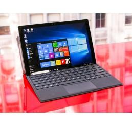 """Tablette MICROSOFT SURFACE PRO 4 Core i7-6650U 2.2Ghz Turbo 3.4Ghz - 8G DDR3L - 256G SSD - Ecran 12"""" Résolution : 2 736 x 1 824 Licence Windows 10 Pro  En Bon Etat + Clavier Azerty Type Cover noir état Comme neuf"""
