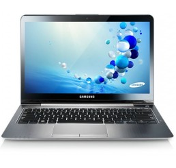 "Samsung Ultra Pro Tactil Série 5 Ecrant 13.3"" Core i5-3317UM 1.7 GHz - 4G - 500 Go HHDD + 24G SSD - Windows 8 Pro 64 bits - Recovery - Etat comme neuf"